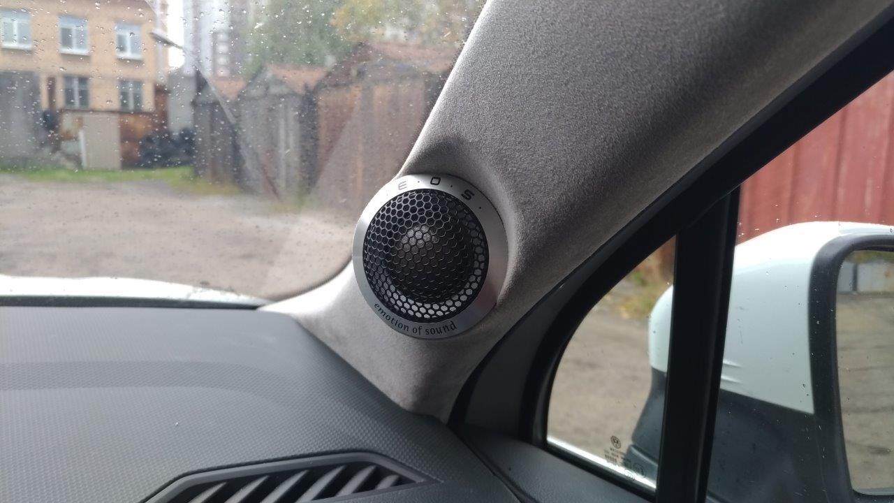 Подиумы в VW Touareg